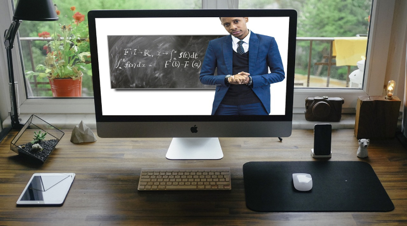 The Impacts of Online Classes to College Students