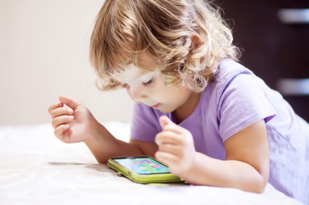 3 Best Parental Control Apps To Protect Your Child Online