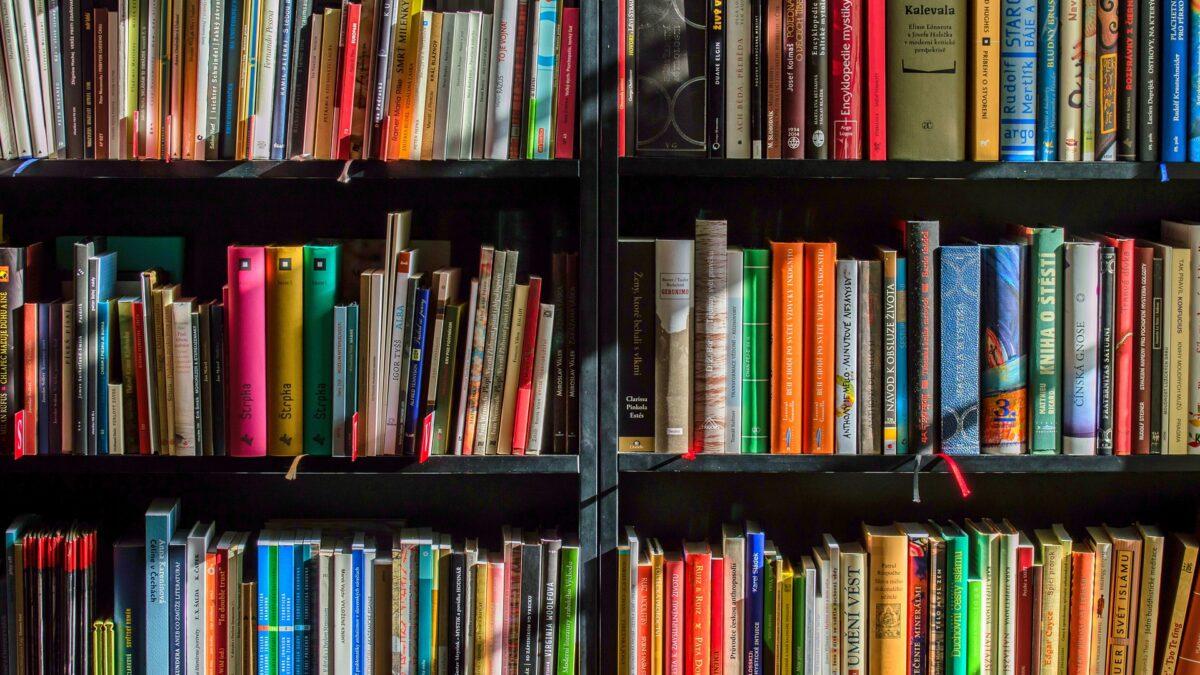Top IBPS Clerk Books for Preparation