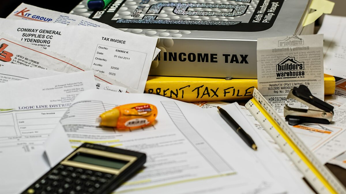 4 Things You Need to Know About Outsourcing Your Taxes