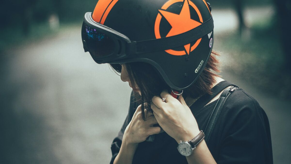How To Choose The Best Cycling Helmet
