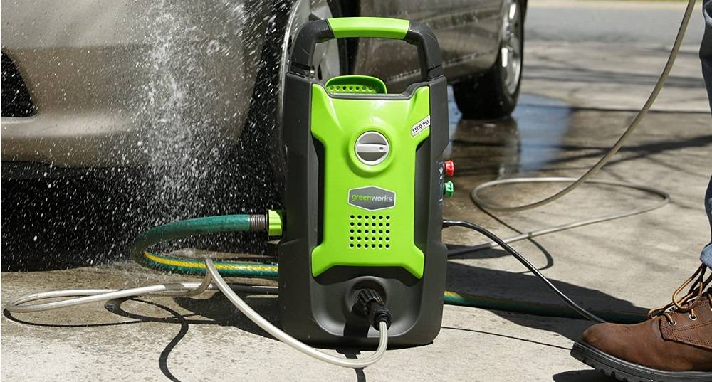 Things you Need to Know Before Buying an Electric Pressure Washer from Greenworks