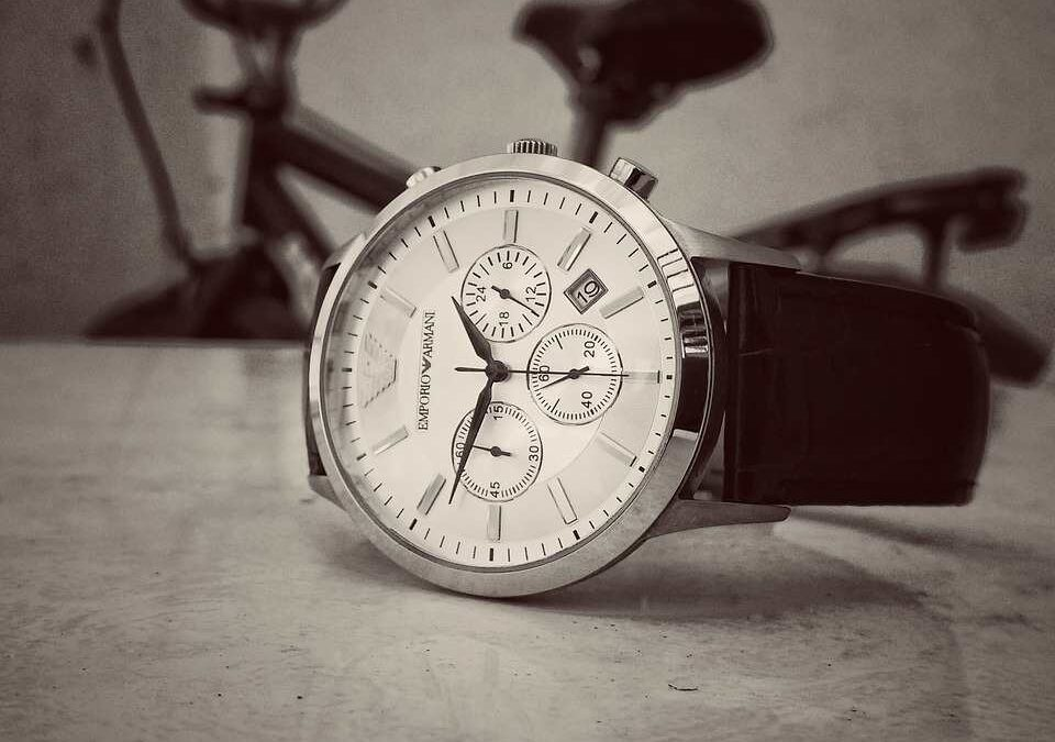 3 Famous Italian Watch Brands and Their Iconic Model