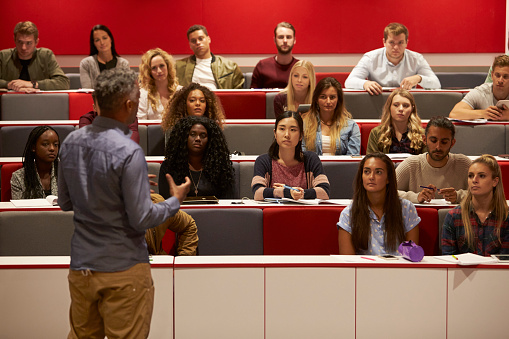 Top Reasons to Study in The UK Guide for International Students