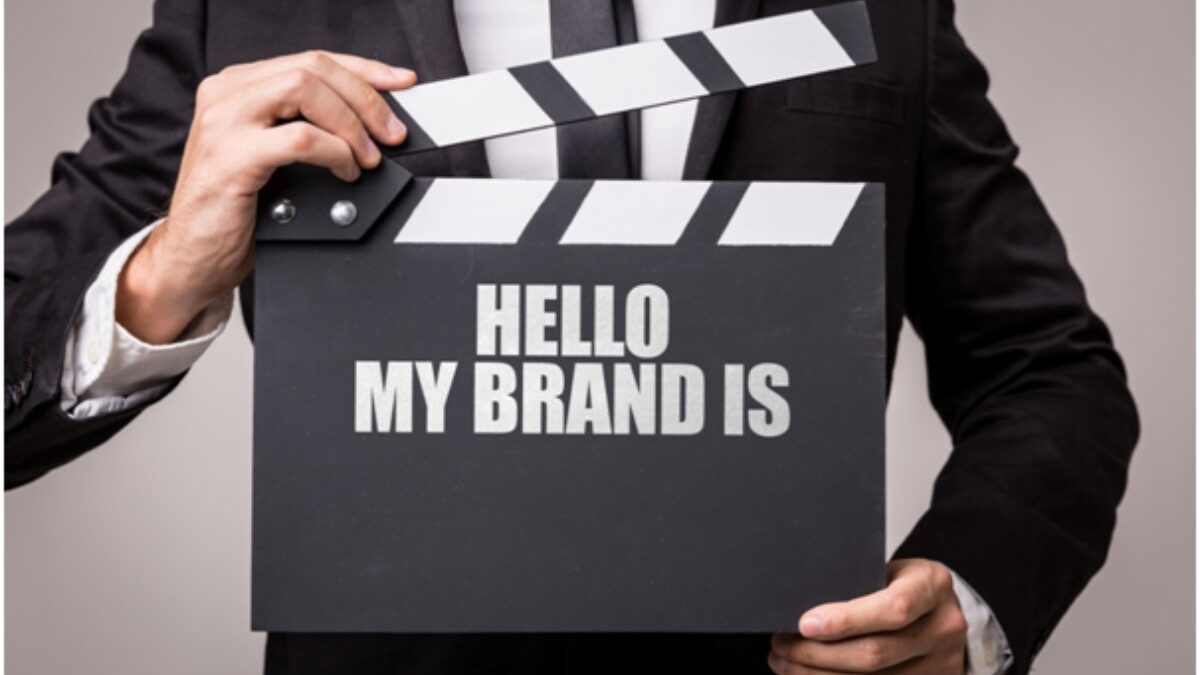 How to Brand Yourself On Social Media: A Must-Have Beginner's Guide